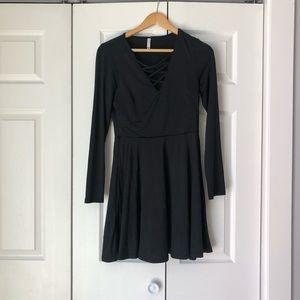 black long sleeve breathable dress